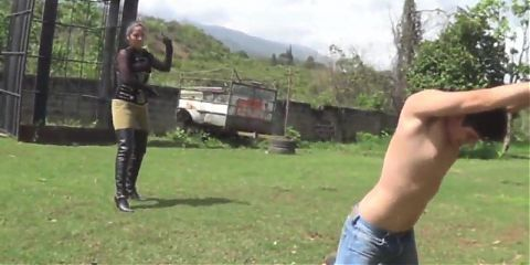 MISTRESS OUTDOOR BULLWHIPPING